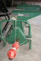 Super Apache Wood Chipper Shredder in excellent condition!